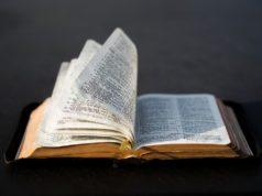 La biblia comunica la verdad de Dios hoy